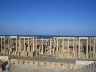 Theater in Leptis Magna mit Blick aufs Meer